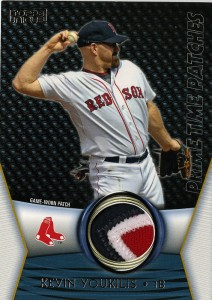2009_ToppsUnique_PrimePatches_Youkilis_27-75